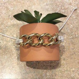 Jewelry - String Gold Links Bracelet